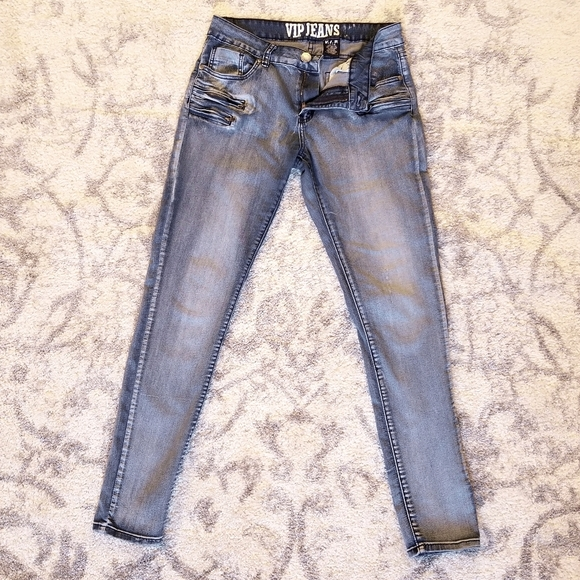 GOOD COND. VIP ZIPPER ACCENT STRETCHY SKINNY JEANS